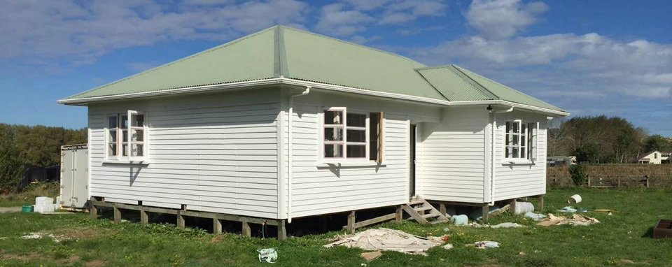 Henderson Valley Farm House Painting-House Painters West Auckland