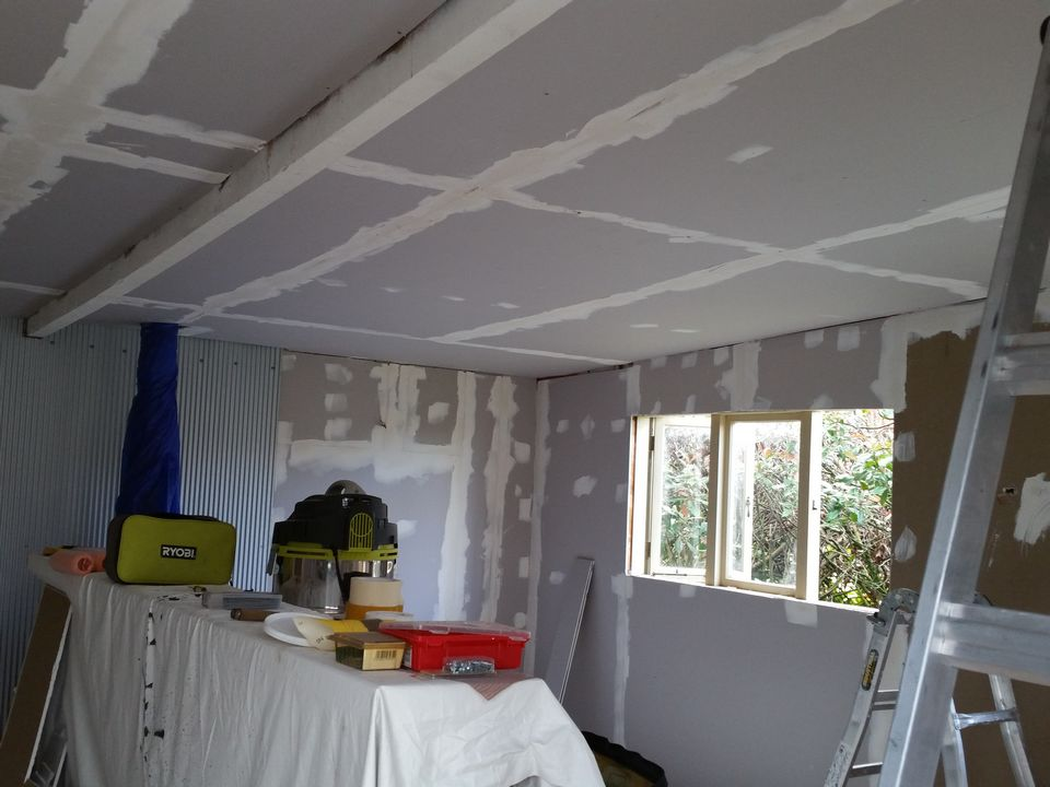 Glendene Sleep Out Interior Painting-House Painters West Auckland