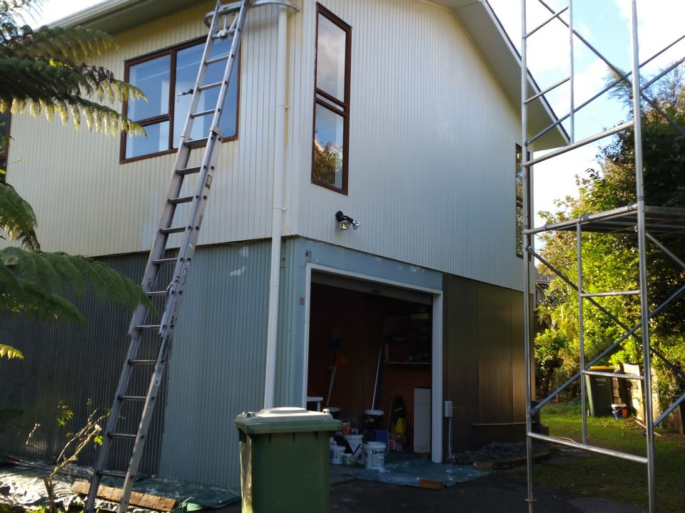 Kaurilands House Exterior and Roof Painting-House Painters West Auckland