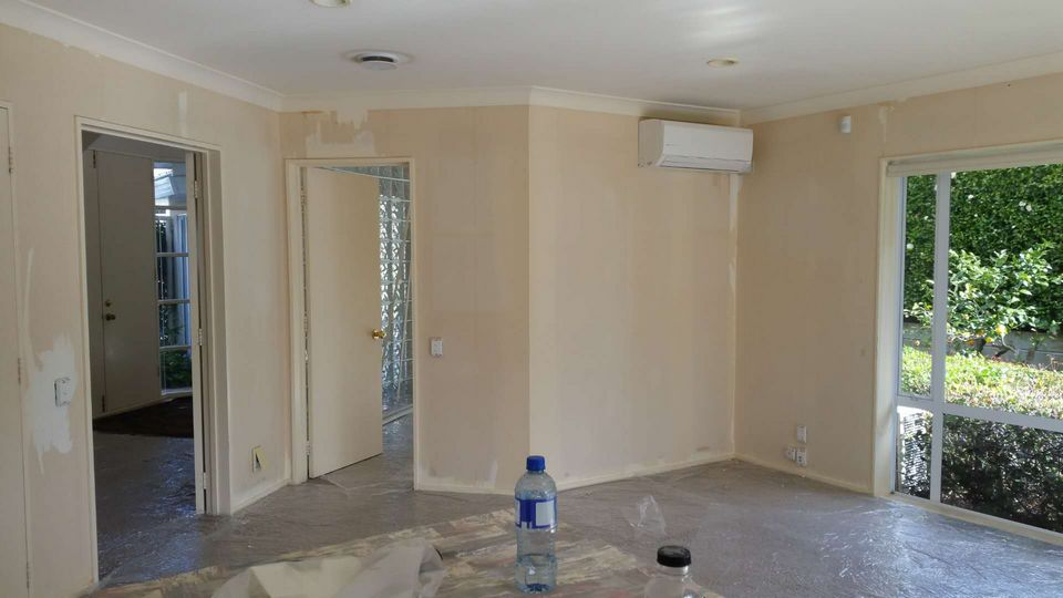West Harbor Interior Wallpaper Removal And Painting House