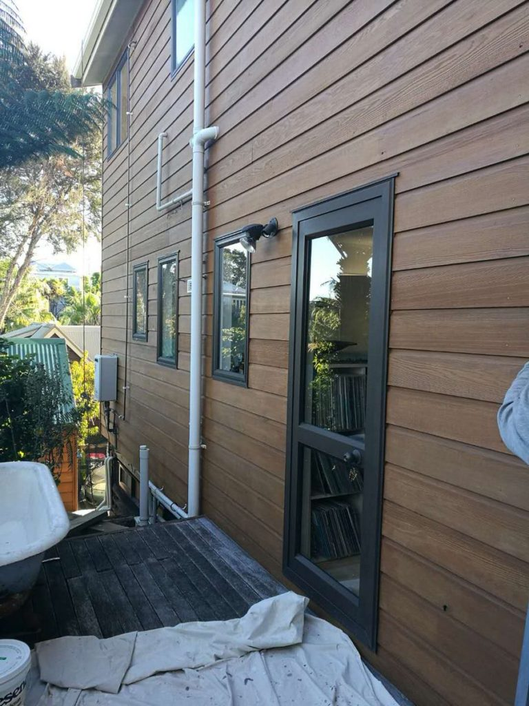 West Harbour Roof And Cedar House Exterior Painting