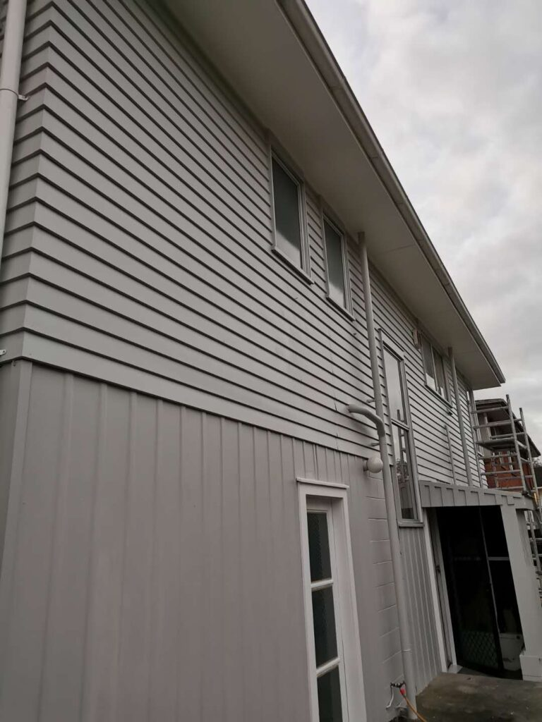 Te Atatu Peninsula Weatherboard House Exterior Painters-House Painters West Auckland