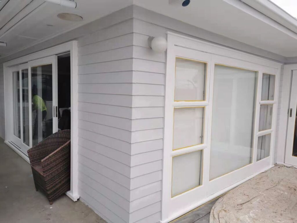 Weatherboard House Exterior Painting-House Painters West Auckland